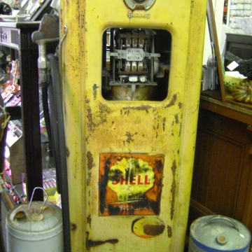 antique vintage shell gas pump yellow cranberry corners gift shop dahlonega